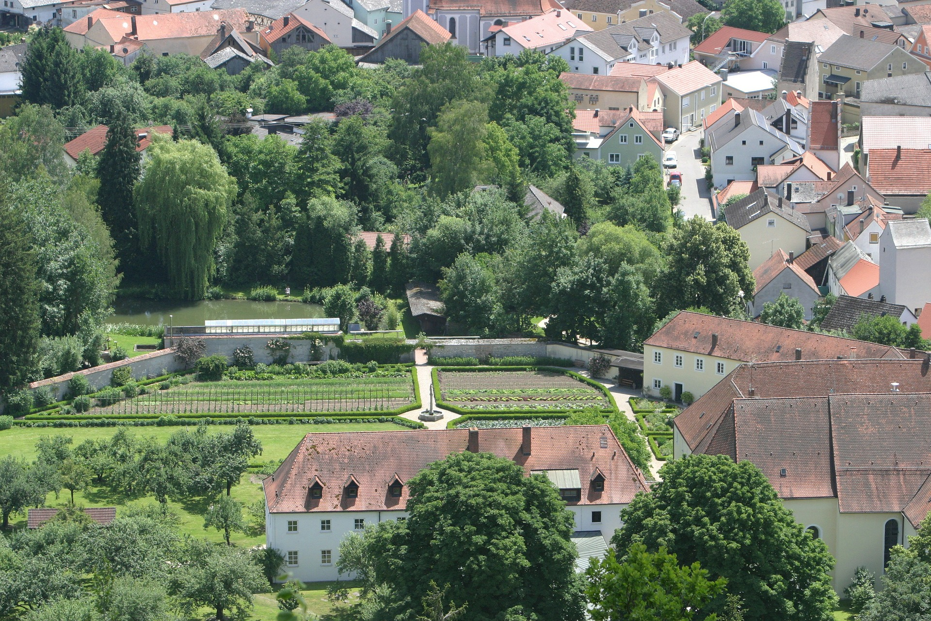 107-dietfurt-in-the-altmuhl-valley-226808_1920_agriculture urbaine