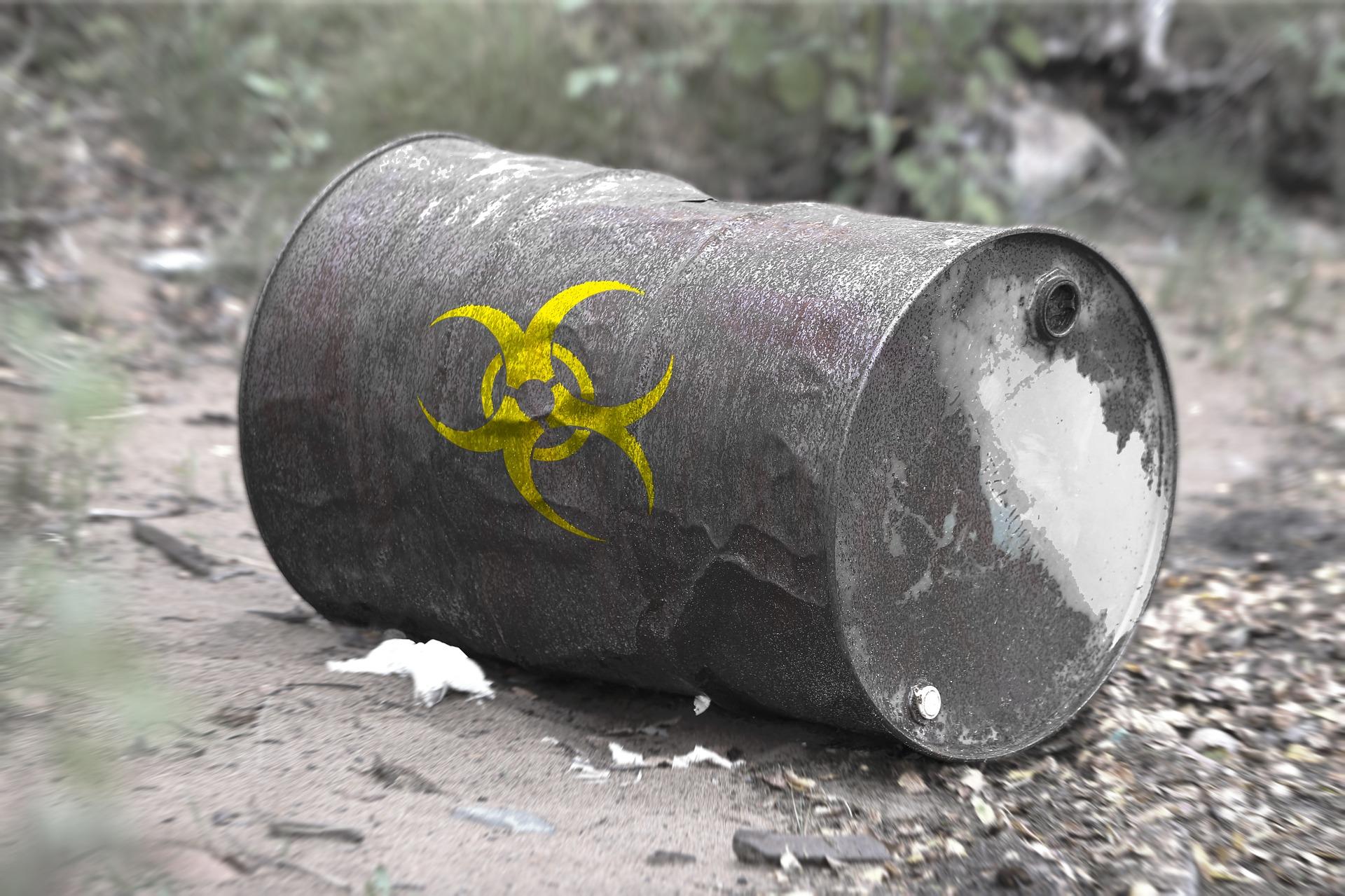 97-toxic-waste-2089779_1920_biosecurite